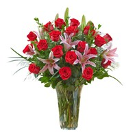 2-Dozen-Premium-Rose-in-a-Vase